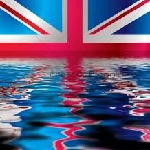 Kiekviena penktadieni vezame keleivius ir siuntinius i Anglija
