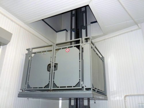 Krovininis liftas keltuvas