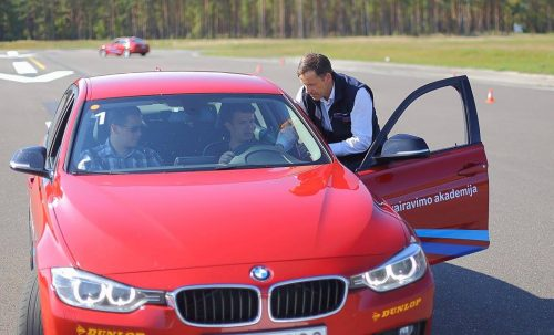 D. Jonušio patarimai grįžtantiems į miestus: saugiame vairavime yra 3 elementai