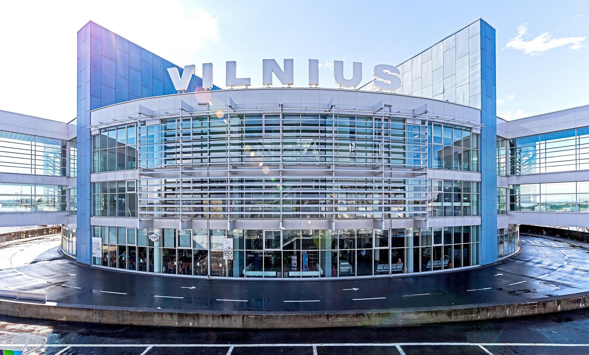 Dirbti pradeda naujai išrinkti Vilniaus, Kauno ir Palangos oro uostų direktoriai