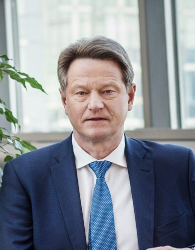 """EP Transporto ir turizmo komitetas pritarė R. Pakso pasiūlymui dėl """"Rail Baltica"""" finansavimo"""