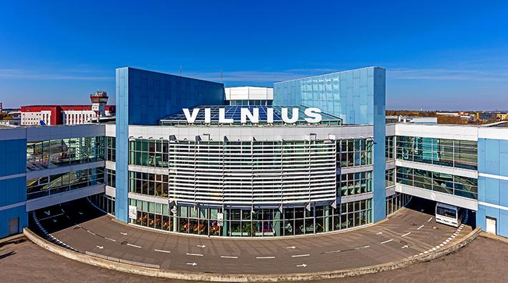 Pirmasis šių metų pusmetis Lietuvos oro uostuose: pajamos viršija 20 mln. eurų