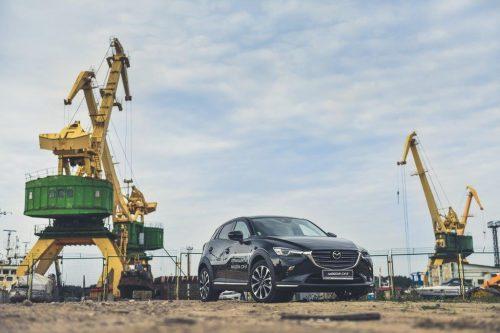 """Rudens gėrybės: atnaujinta """"Mazda CX-3"""" jau Vilniuje"""