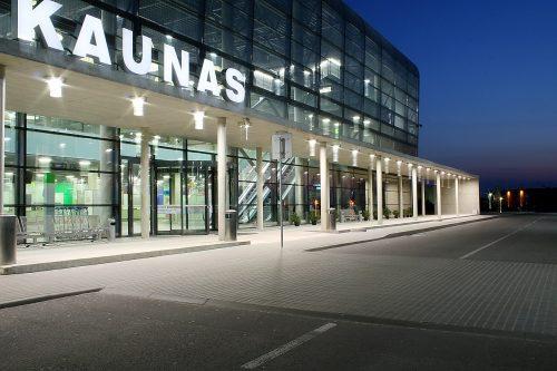 Kalėdiniu laikotarpiu Kauno oro uoste ketvirtadaliu ūgtels krovininių skrydžių skaičius