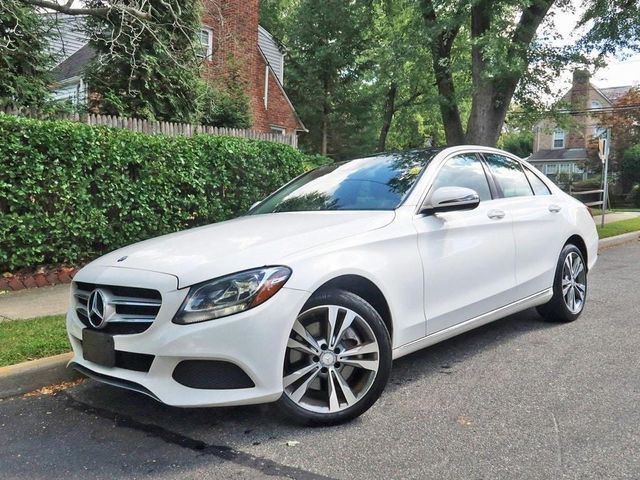 Mercedes Benz C300 4matic 2016 model