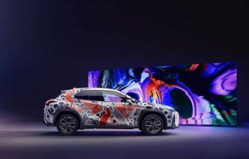 """""""Lexus"""" pristato pirmą pasaulyje tatuiruotą automobilį"""