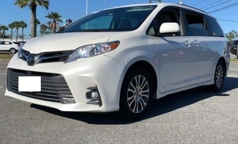 2018 Toyota Sienna XLE  FWD for sell