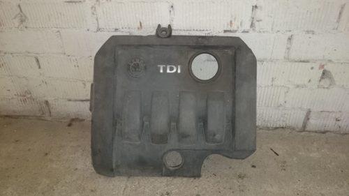 Parduodu Škoda 2009m. dyzelis variklio apdaila.