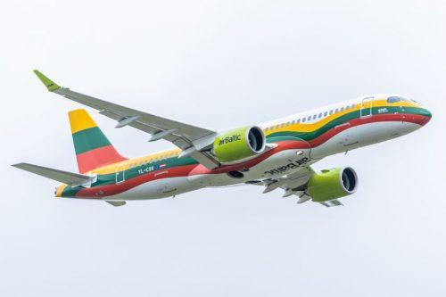 """""""airBaltic"""" susisiekimą su Baltijos šalimis sieks išlaikyti ir žiemą"""